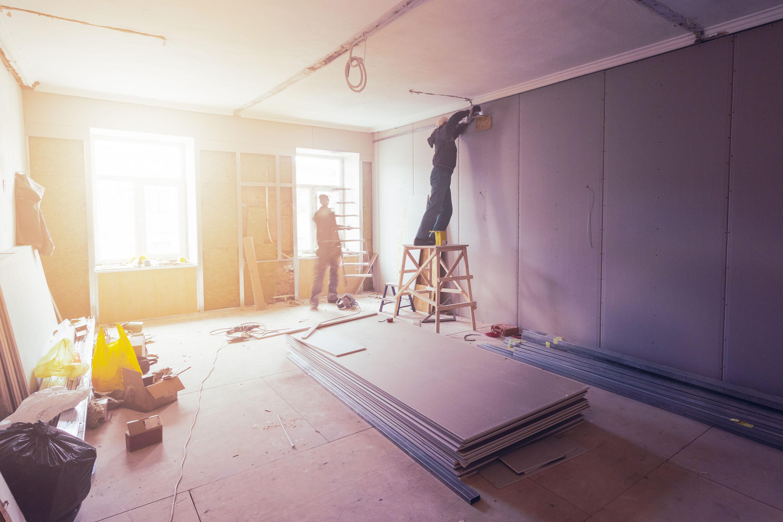 Trockenbau, Schreinerarbeiten & Dachkastenschalungen, Abrissarbeitens sowie weitere Leistungen auf Anfrage
